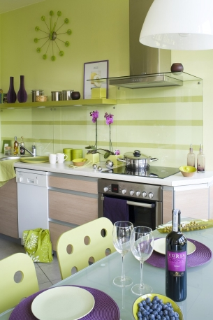 Fioletowo Zielone Dodatki W Białej Kuchni Wnętrza Forum