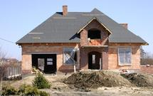 Kiedy po zwrot VAT za materiały budowlane - po zakończeniu budowy czy wcześniej?