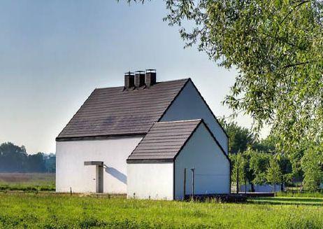 Minimalistyczna elewacja domu w Skawinie