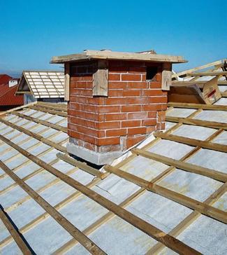 Remont dachu. Zasady, których warto przestrzegać podczas wymiany dachu
