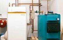 Połączenie kotła na paliwo stałe z pompą ciepła, kolektorami, kominkiem i z innym kotłem - ekonomiczne ogrzewanie domu