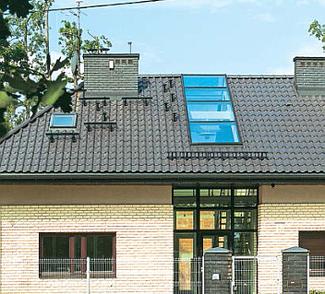 Wyłazy dachowe i stopnie kominiarskie