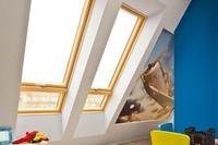 Okna dachowe. Jak wybrać najlepsze okna na poddasze użytkowe?