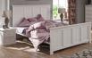 Łóżko z kolekcji Aldea