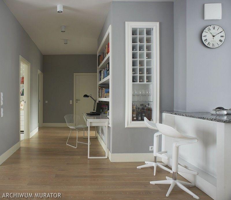 Szare ściany w salonie i sypialni. Inspiracje na szare wnętrza