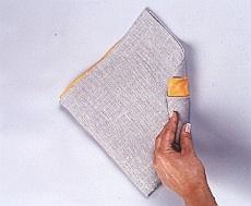 Układanie serwetek w rulonik - krok III